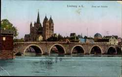Postcard Limburg an der Lahn in Hessen, Blick auf den Dom mit Brücke vom Wasser aus