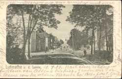 Postcard Letmathe Iserlohn im Märkischen Kreis, Straßenpartie, Passanten, Häuser