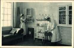 Postcard Wittenberge in der Prignitz, Singer Nähmaschinen, Unfallstation