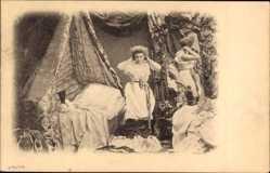 Ak Frau im Schlafzimmer, Unterwäsche, Bett, Spiegel