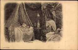 Ak Frau im Schlafzimmer schlafend im Bett, Spiegel