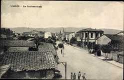 Postcard Uesküb Skopje Mazedonien, Blick in die Zar Ferdinandstraße, Passanten