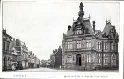 Postcard Chauny Aisne, Hôtel de Ville et Rue de Pont Royal