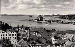 Postcard Flensburg in Schleswig Holstein, Blick auf den Ort und die Hafenausfahrt