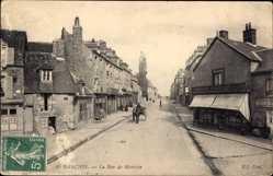 Ak Avranches Manche, La Rue de Mortain, Straßenpartie, Pferdekutsche