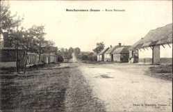 Postcard Bouchavesnes Somme, Route Nationale, Wohnhäuser, Straßenpartie