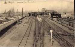 Postcard Ostende Westflandern, Vue vers la Ville et Gare maritime, Gleisseite