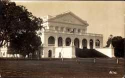 Foto Ak Ceylon Sri Lanka, Blick auf ein Gebäude, Treppe, Platz