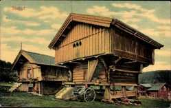 Postcard Norwegen, Stabur, Lebensmittelspeichergebäude, Holzhütte