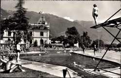 Postcard Montreux Kt. Waadt Schweiz, Piscine du Casino, Sprungturm, Berge