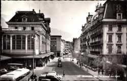 Postcard Montreux Kt. Waadt Schweiz, Gare et Avenue des Alpes, Bahnhof, Straßenseite