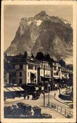 Postcard Grindelwald Kt. Bern Schweiz, Straßenpartie mit Blick auf das Wetterhorn