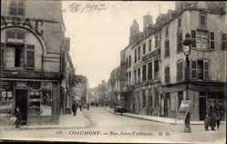 Postcard Chaumont Haute Marne, Rue Jules Trefousse, Straßenpartie, Geschäfte