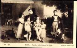 Künstler Ak Ducis, Napoleon et les Enfants de Murat, Musee de Versailles