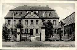 Postcard Halberstadt in Sachsen Anhalt, Straßenpartie mit Blick auf das Museum