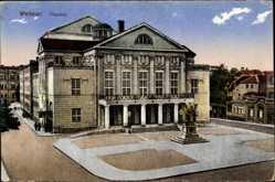 Ak Weimar in Thüringen, Blick auf den Eingang des Theaters