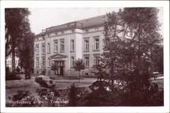 Postcard Blankenburg am Harz, Partie am Teufelsbad, Auto, Bäume