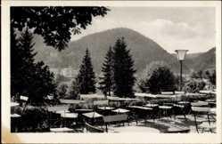Postcard Friedrichroda im Thüringer Wald, Partie am Kurhaus mit Blick zum Gottlob