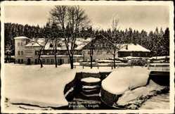 Postcard Erlabrunn im Erzgebirge, Blick auf Hotel Täumerhaus im Winter