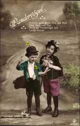 Ak Wandervögel, Kinder als Wanderer mit Liederbuch, RPH 5619 20
