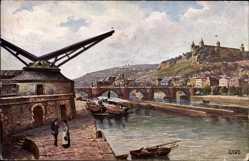 Künstler Ak Würzburg am Main Unterfranken, Mainpartie, Brücke, Stadt