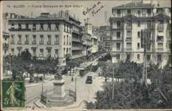 Postcard Algier Alger Algerien, Place Bugeaud et rue D'Isly, Denkmal, Straßenbahn