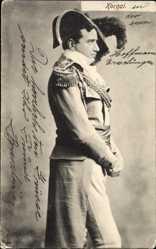 Ak Kornai, Mann in ungarischer Tracht, Hut, Schulterklappen, Uniform