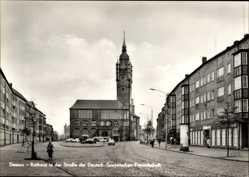 Ak Dessau in Sachsen Anhalt, Rathaus in der Straße der Dt. Sowjet. Freundschaft