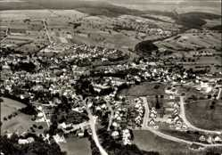 Postcard Nastätten im Rhein Lahn Kreis, Fliegeraufnahme von Ort und Umgebung