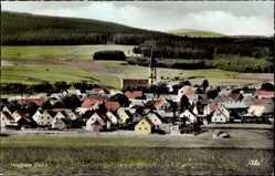 Postcard Moosbach in der Oberpfalz, Totalansicht der Ortschaft, Felder, Wald