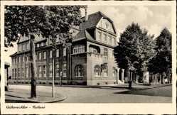 Postcard Gifhorn in Niedersachsen, Straßenpartie am Rathaus