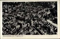 Postcard Braunschweig in Niedersachsen, Blick auf den Ort, Kirche, Fliegeraufnahme