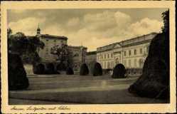 Postcard Dessau in Sachsen Anhalt, Partie am Lustgarten, Schloss, Denkmal