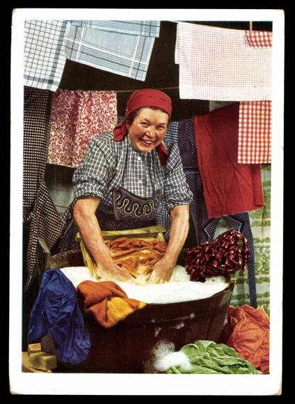 reklame ansichtskarte postkarte indanthren frau beim w sche waschen. Black Bedroom Furniture Sets. Home Design Ideas