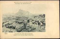 Cp Andriba Madagaskar, Panorama, Départ de la colonne légère