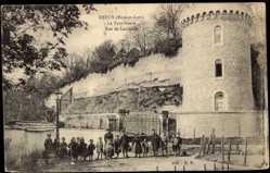 Cp Dreux Eure et Loir, vue générale de la tour Neuve, Rue de Lamballe