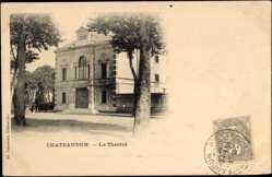 Cp Châteaudun Eure et Loire, vue générale du Théâtre