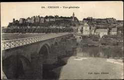 Cp Chinon en Indre et Loire, Vue Générale, Blick auf den Ort, Brücke