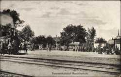Postcard Baranawitschy Baranowitschi Weißrussland, Personenbahnhof, Gleise