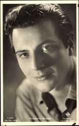 Postcard Schauspieler Rossano Brazzi, Portrait, UFA Film