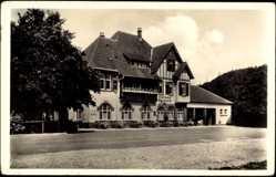 Postcard Glemseck Leonberg, Straßenpartie mit Blick auf Kurhaus Fr. Scheytt