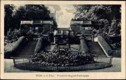 Postcard Riesa an der Elbe Sachsen, Blick auf die Friedrich August Freitreppe, Beet