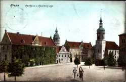 Ak Riesa an der Elbe Sachsen, Rathaus und Klosterkirche, Radfahrer