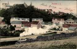Ansichtskarte / Postkarte Nossen Landkreis Meißen, Blick auf den Ort, Dampfzug, Schloss, Häuser