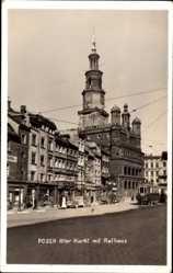Foto Ak Poznań Posen, Alter Markt mit Rathaus, Straßenbahn, Turmuhr
