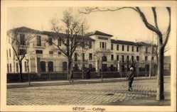 Postcard Sétif Algerien, Collège, Blick von der Straße auf die Hochschule