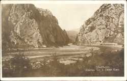 Foto Ak Demir Kapu Mazedonien, Eisernes Tor, Felsformation, Fluss
