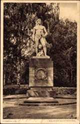 Postcard Fürth in Mittelfranken Bayern, Blick auf ein Kriegerdenkmal