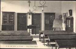 Postcard Tunis Tunesien, Notre Dame de Sion, Classe Sainte Marie, Innenansicht