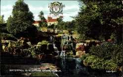 Wappen Ak Dublin Irland, Waterfall in Stephens Green, Parkanlage mit Wasserfall